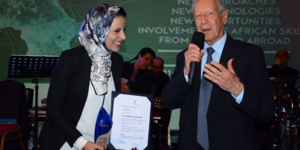 تتويج جديد للمخترعة الدكالية خديجة الكموني بقمة المناخ كوب 22 مراكش