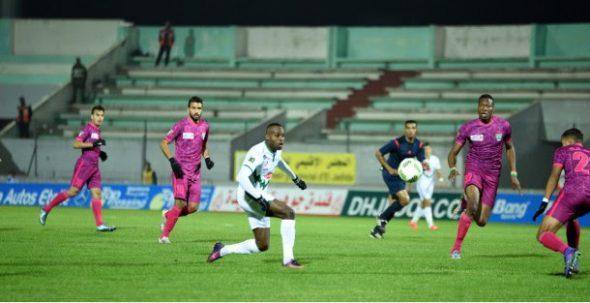 الدفاع الحسني الجديدي يتعادل أمام النادي القنيطري