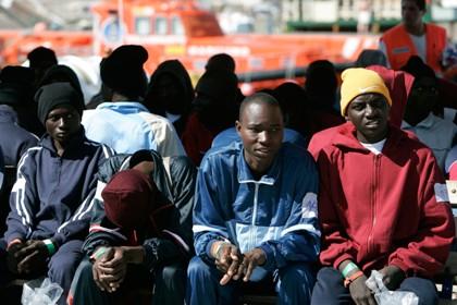 تعليمات ملكية لإعطاء انطلاقة الحملة الثانية لتسوية أوضاع المهاجرين الأفارقة بالمغرب.