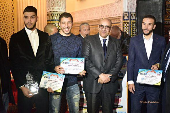 تتويج المدرب عبد الرحيم طاليب والمهاجم وليد أزارو في ليلة النجوم
