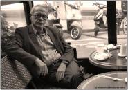 الكلماتُ العاريةُ : شعر : مصطفى صحة – شاعر مغربيّ –باريس