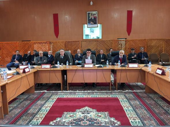 جلسة عمل تحت رئاسة السيد عامل إقليم الجديدة  بخصوص تقدم انجاز مختلف البرامج القطاعية للتنمية المجالية بالجماعات الترابية لإقليم الجديدة.