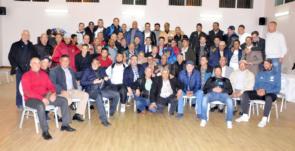 المكتب المديري لفريق الدفاع الحسني الجديدي يجتمع بقدماء اللاعبين
