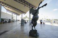 الفرس في ضيافة مطاريالدار البيضاء –محمد الخامس والرباط – سلا